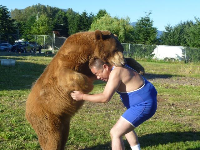 出川哲朗熊