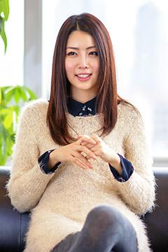クリスマス独占インタビュー HENA
