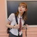 江野沢愛美、反響のあった韓国風の制服ショットを披露!「制服めっちゃかわいい」「美脚とはこのことですな」