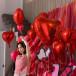 ももクロ 百田夏菜子、真っ赤に彩られた「ヤングジャンプ」オフショットに「世界一赤似合う可愛い」