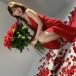 AKB48 柏木由紀、真紅のドレスでエレガントな雰囲気を漂わせるオフショットを披露「本当に素敵です」「『美しい』という言葉が一番相応しい」