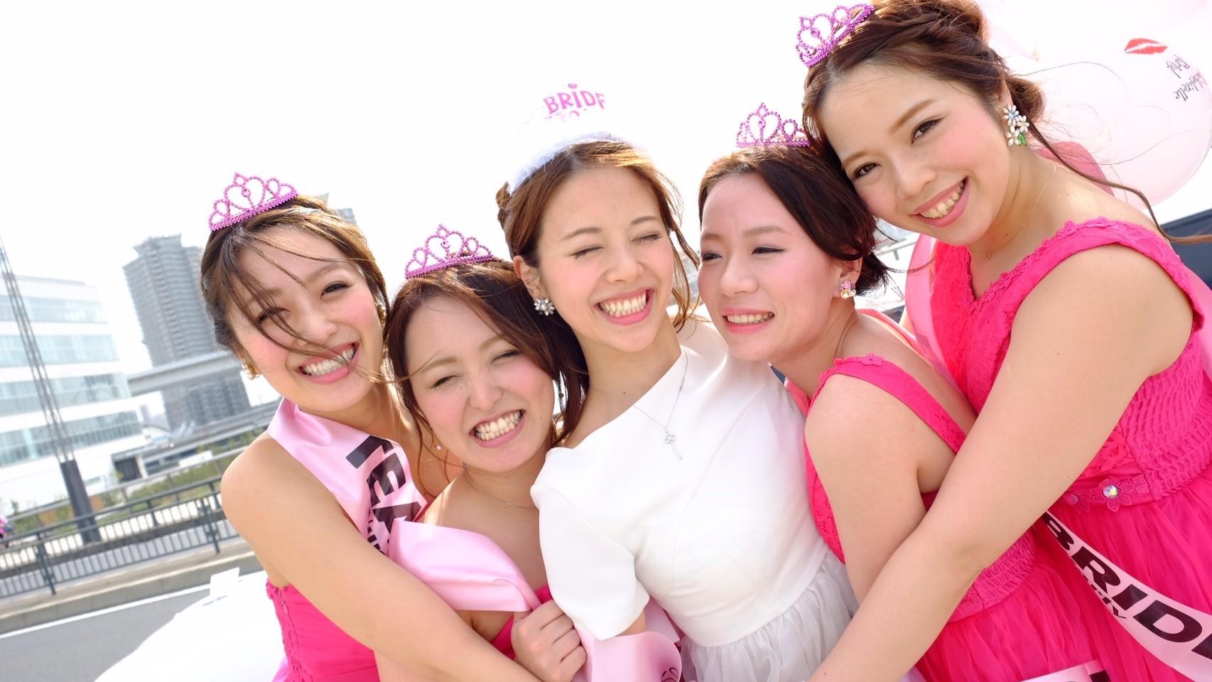 ef578718c740a リムジンパーティーが120分19800円~楽しめるリムジンパーティー東京 ...